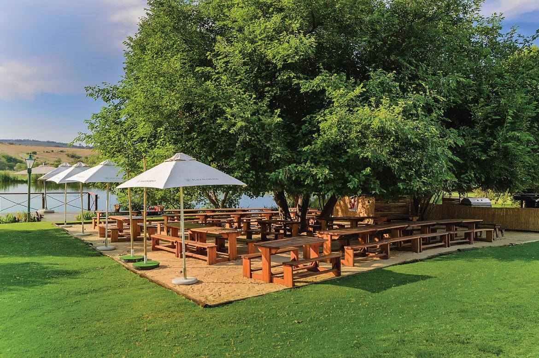 Fat Olive Beach Bar 1