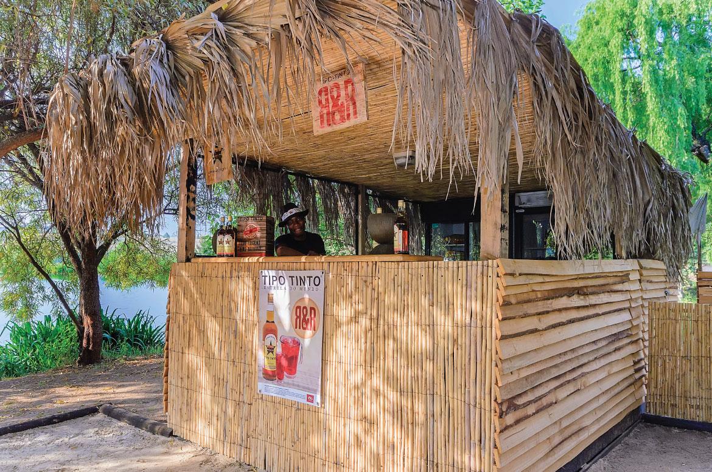 Fat Olive Beach Bar 3